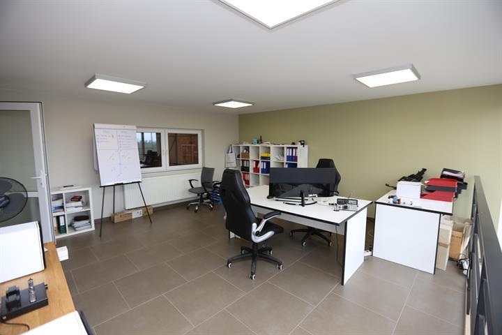 Bureaux & entrepôts - Fleurus - #4206622-4