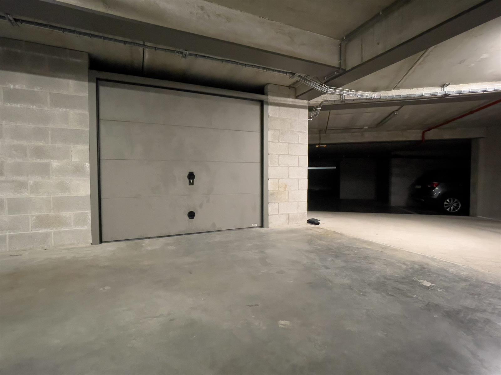 Garage (ferme) - Wavre - #4405586-0