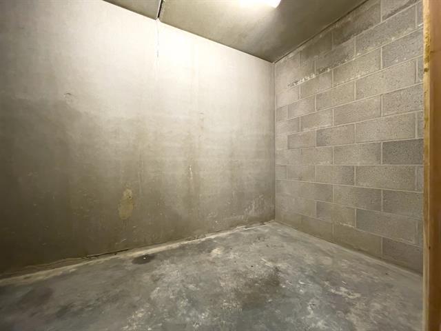 Garage (ferme) - Wavre - #4405586-4