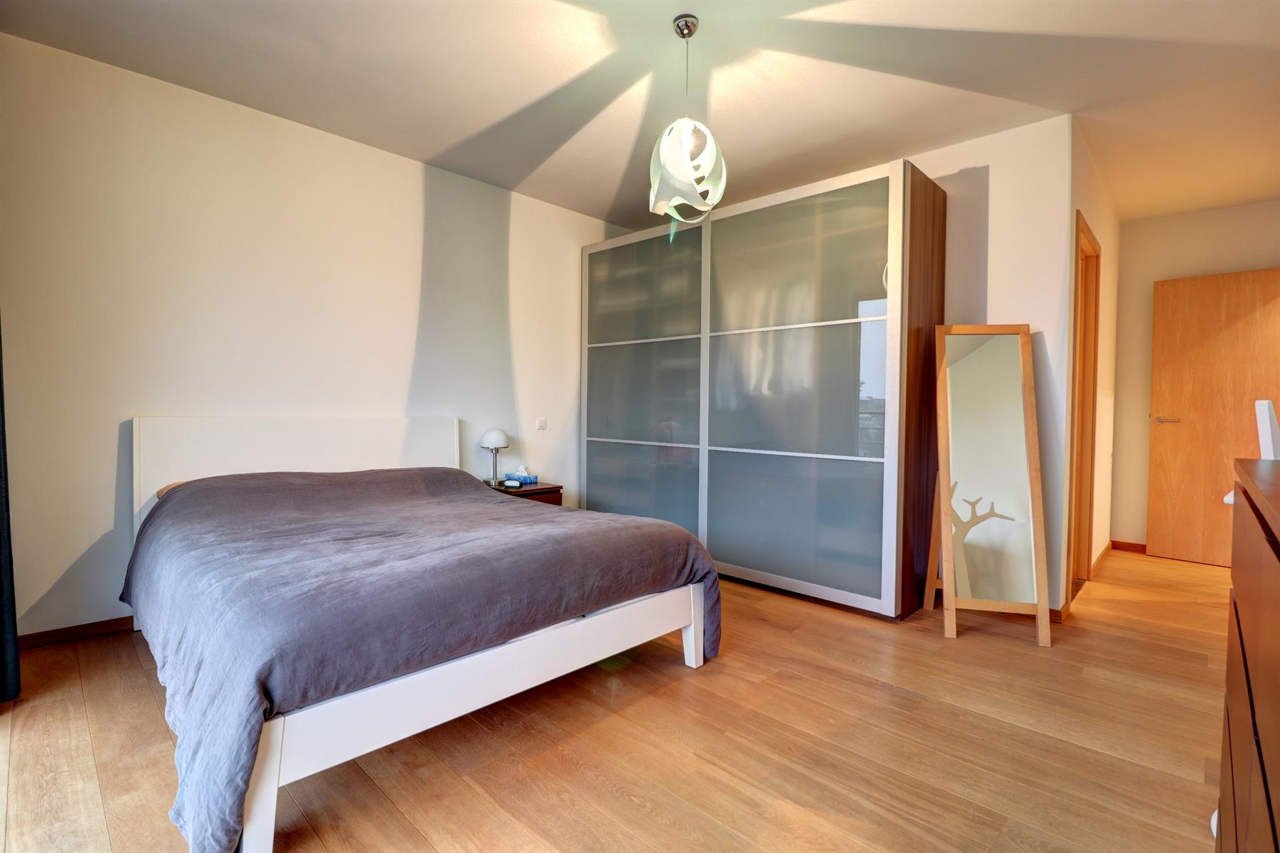 Flat - Saint-Gilles - #4183647-25