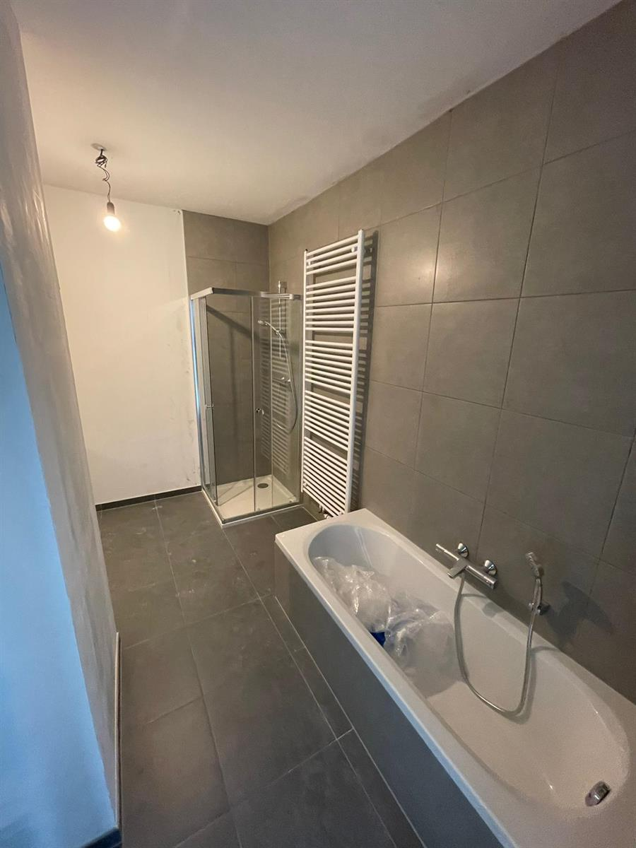 Penthouse - Brussels - #4404136-8