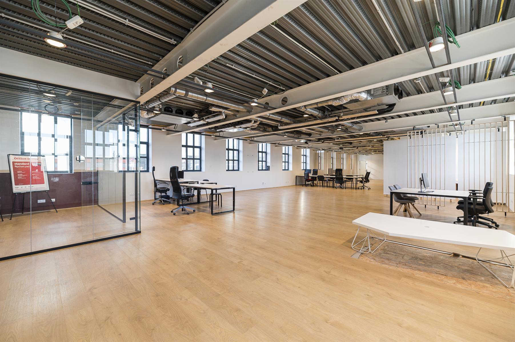 Immeuble de bureaux - Bruxelles - #4453964-0