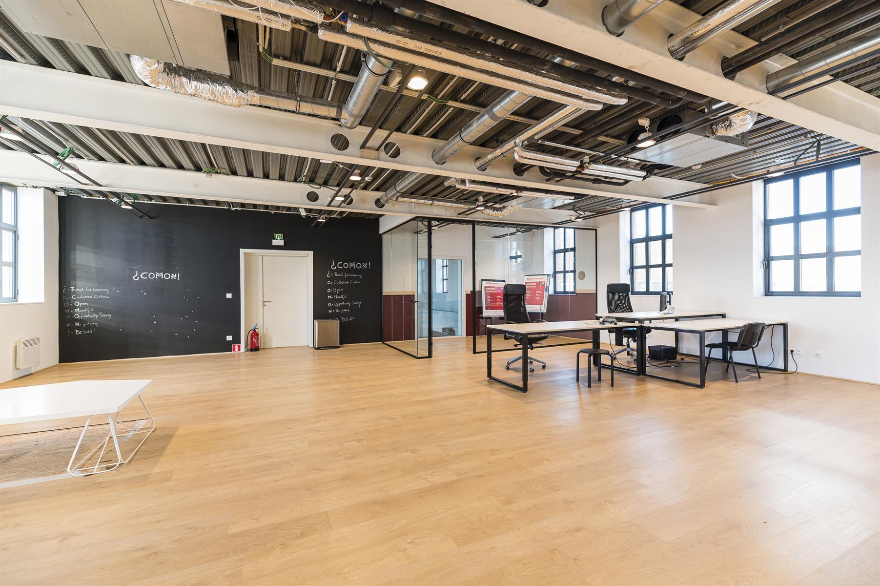 Immeuble de bureaux - Bruxelles - #4453964-1