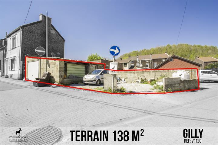 Garage avec terrain à vendre
